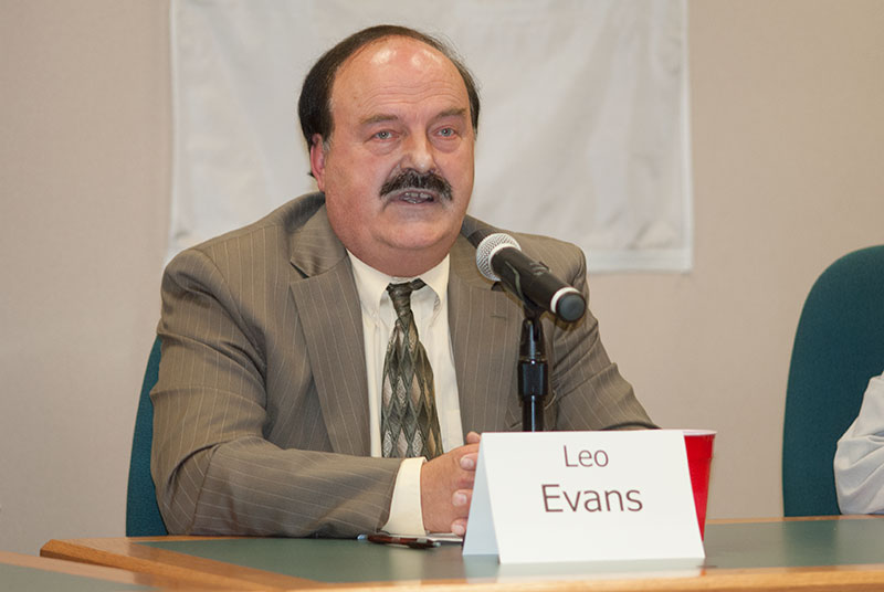 Former Escanaba Mayor Leo Evans charged with embezzlement