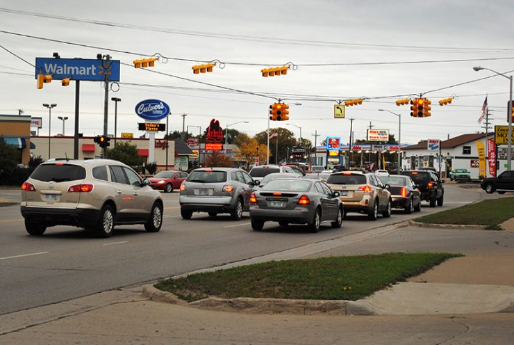 New traffic lights installed in Escanaba, Iron Mountain