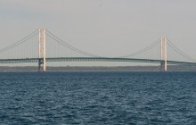 Mackinac Bridge Authority delays toll increase two more years