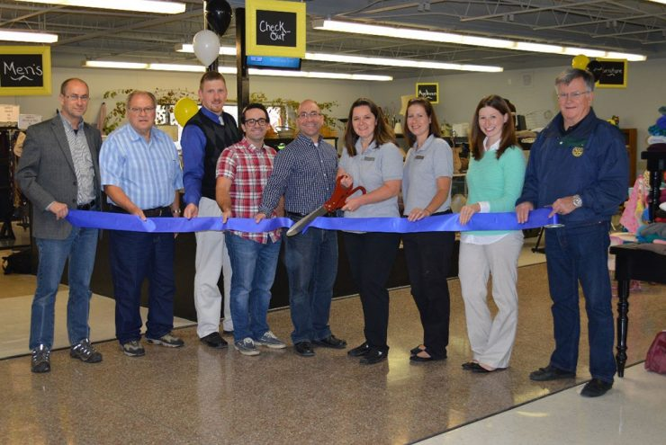 Silver Creek Thrift celebrates grand opening in Marquette