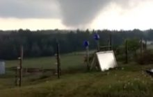 Tornado near Hermansville caught on video as it approaches farm