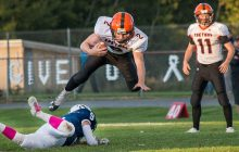 Eskymos remain undefeated in romp over Blue Devils