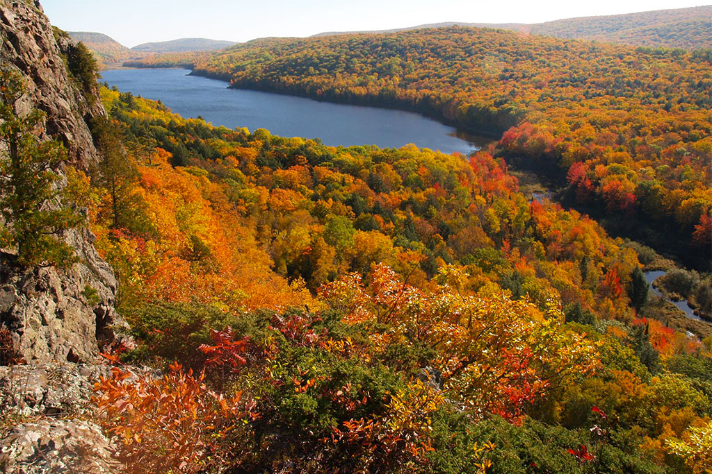 Porcupine Mountains Artist Program