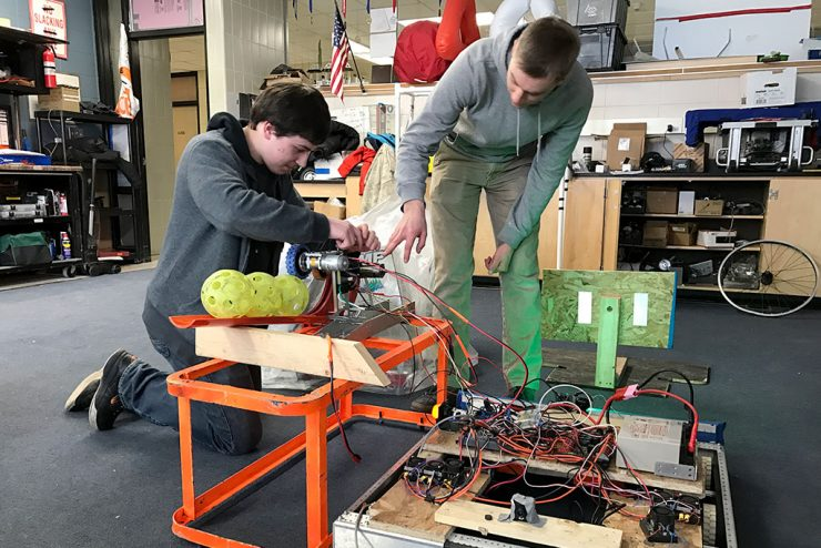 FIRST Robotics teams to compete at Escanaba's regional competition