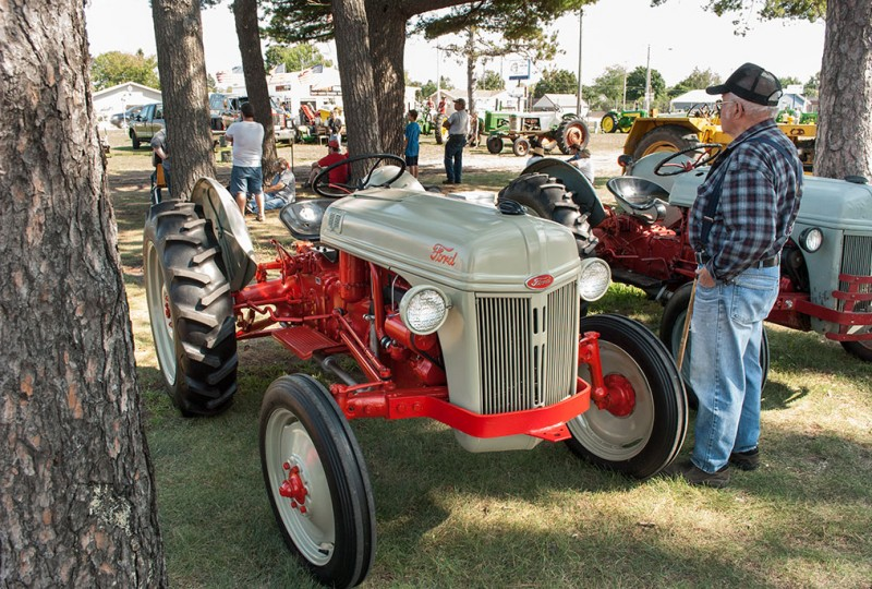 U.P. Steam & Gas Engine Show features Sheppard Diesel