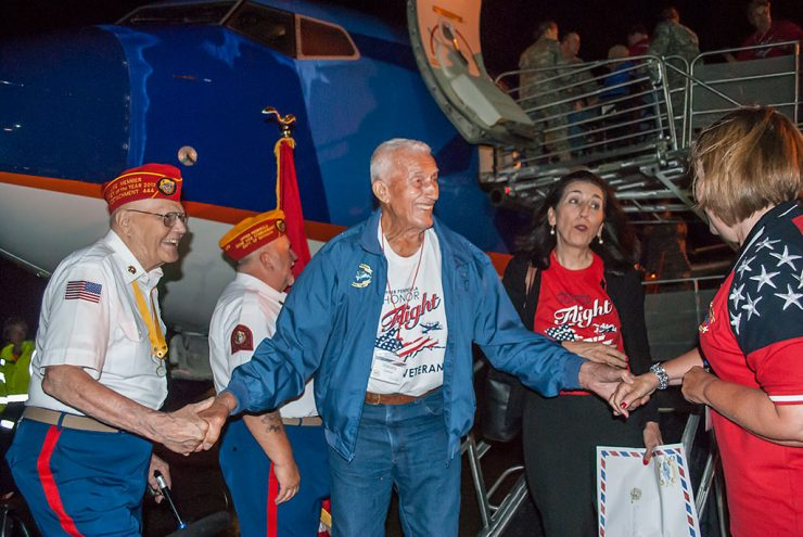 Veterans on Upper Peninsula Honor Flight return to hero's welcome