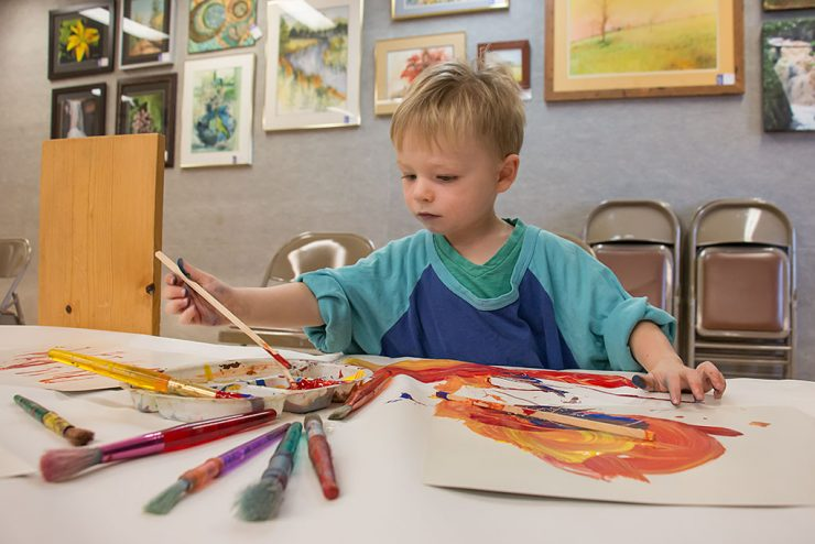 Toddler Art program at Bonifas uses art, music to educate