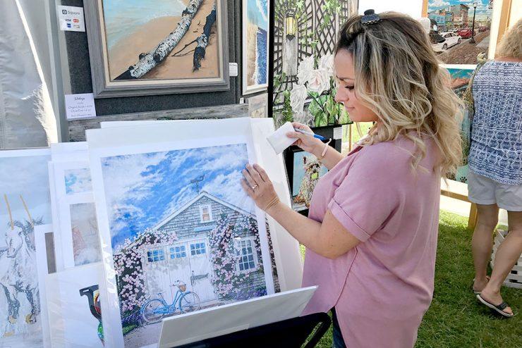 U.P. artists use Art on the Rocks in Marquette to sell artwork